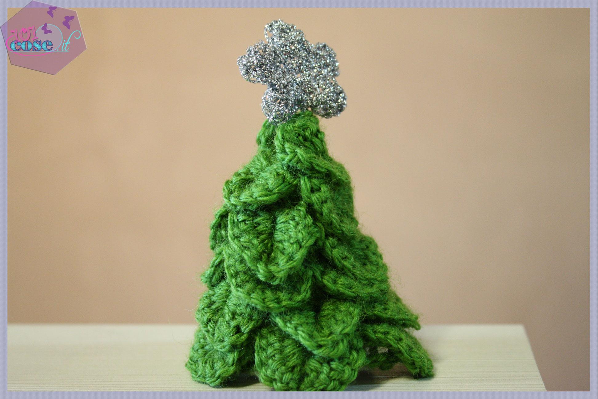 Come si fa un albero di natale all'uncinetto